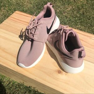 Nike Blush Sneakers Size 9 1/2